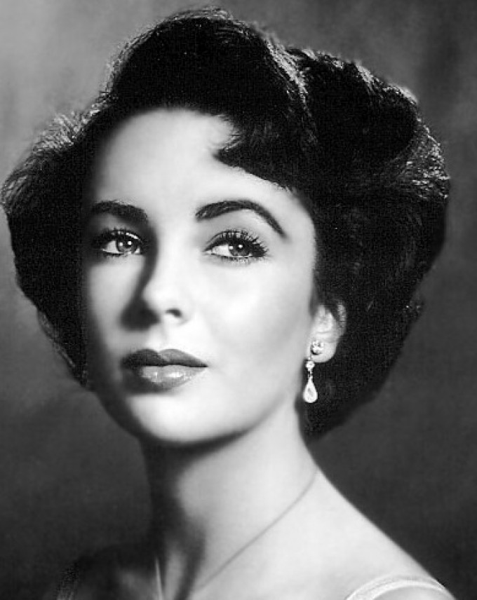 My tribute to Elizabeth Taylor via @officialfm