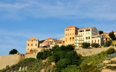Une vue sur la citadelle